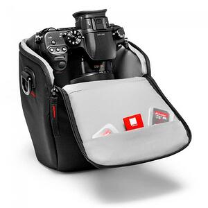 manfrotto-esselntial-holster-s_1