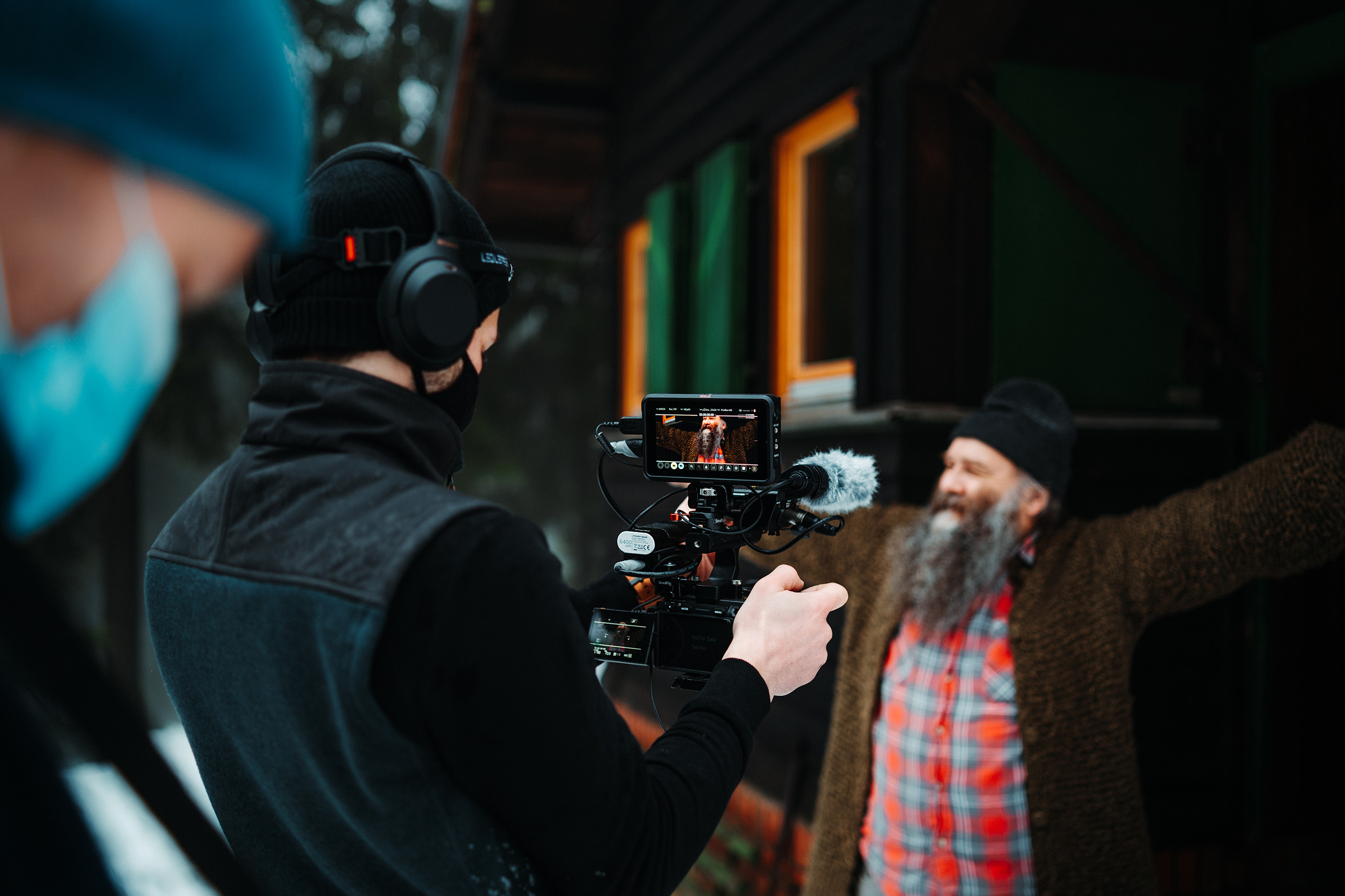 man-films-an-actor-with-his-sony-alpha-camera